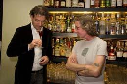 2007 Gary Regan v Bugsy's baru